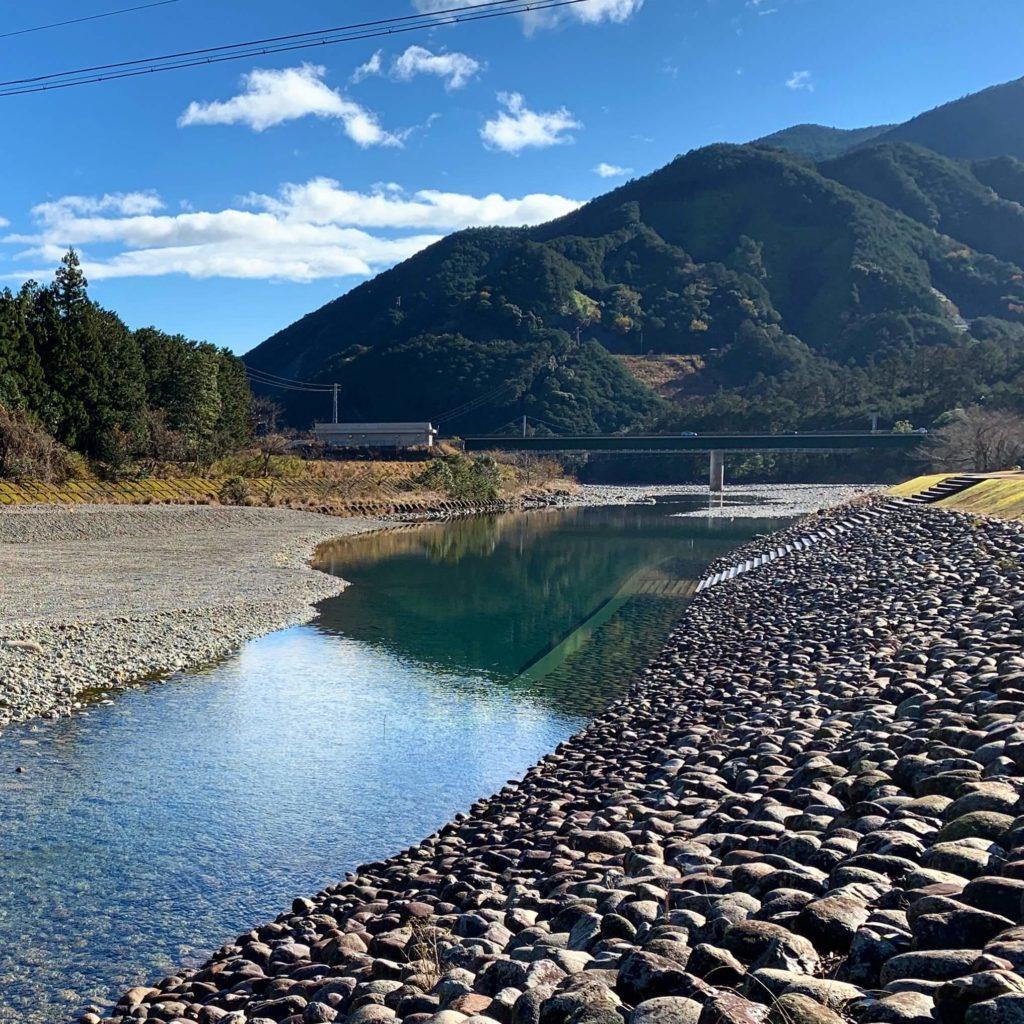 キャンプ場の銚子川2
