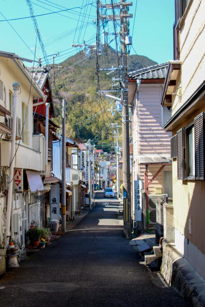 熊野まち歩き 狭い通路