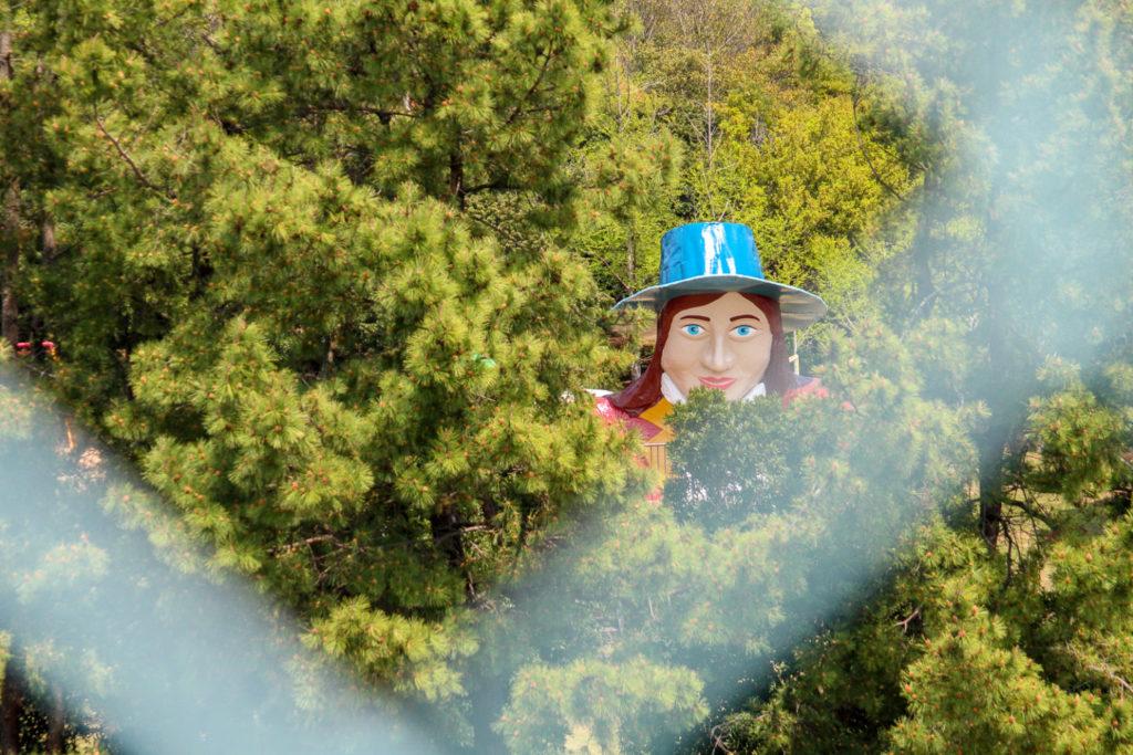 鳥羽ハローからの「ガリバー滑り台」1