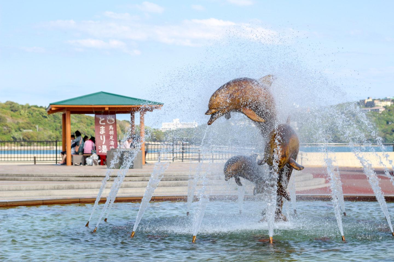 イルカ噴水1
