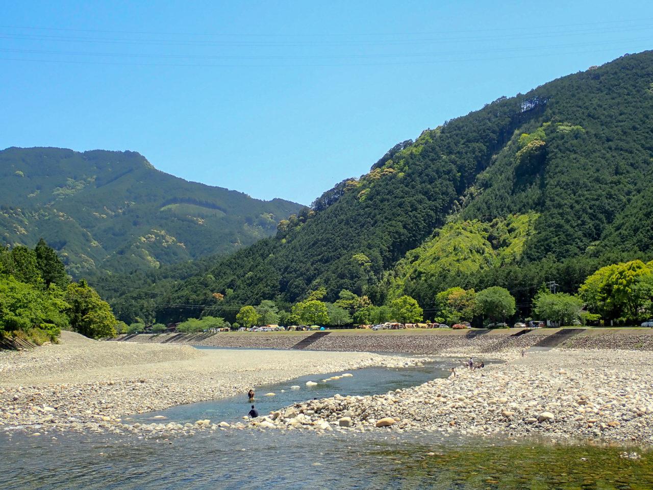 銚子川キャンプinn海上全景