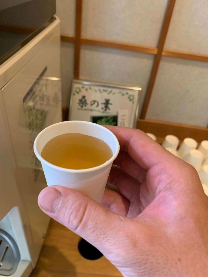 三重県紀北町 季の座温泉 風呂上がりの桑の葉茶2