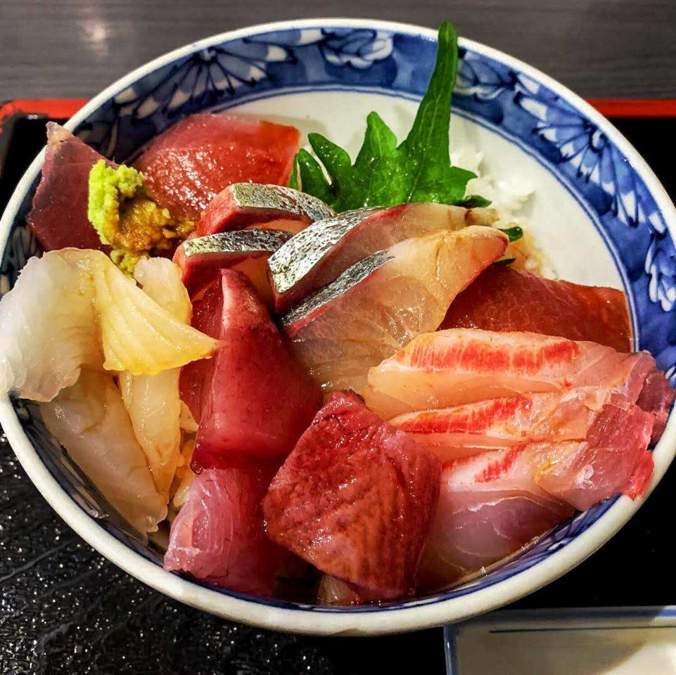 銚子川周辺のお店 かい鮮やレストラン 地魚丼