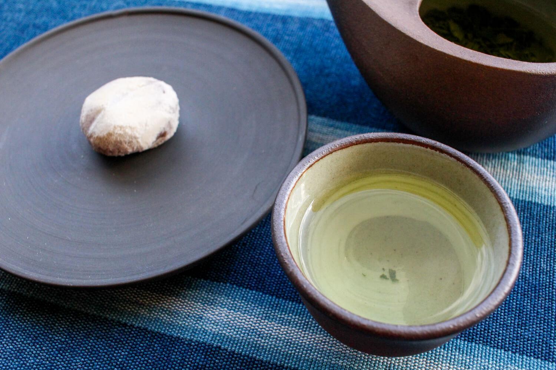 三重県亀山市のお土産 銘菓 関の戸(せきのと) 深川屋 伊勢茶と合わせて