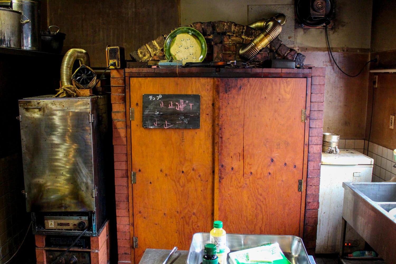 発酵と燻製専門 海童工房 魚寅 特製燻製器