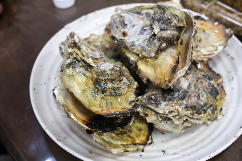 鳥羽答志島桃取町の牡蠣小屋優良水産7